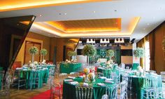 Philippines catering misconceptions are rampant, perhaps because our folks confuse beliefs with these misconceptions. These costly misconceptions must be avoided at all costs. Food Truck Catering, Catering Services, Wedding Dj, Elegant Wedding, Wedding Catering, Wedding Venues, Affordable Wedding Packages, Most Common, Table Decorations
