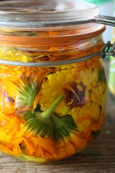 Plant calendula seeds in your garden next year. It tolerates poor soil & comes back every year. Although the petals & stems are edible & make a pretty garnish they taste bitter. We grow calendula for its medicinal value for many ailments, but my favorite is for the skin. You can use it as a local topical application to boost the healing rate, prevent infection on a wound or other skin conditions including chapped & dry skin. Double click the picture to learn to make a Calendula infusion.