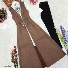 Modesty Fashion, Women's Fashion Dresses, Hijab Fashion, Lovely Dresses, Trendy Dresses, Stylish Outfits, Moslem Fashion, Modele Hijab, Girls Frock Design