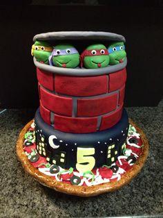 Ninja Turtles Pizza Cake Ninja Turtle Pizza, Ninja Turtle Birthday, 8th Birthday, Ninja Turtles, Birthday Parties, Pizza Cake, Ninja Party, Let Them Eat Cake, How To Make Cake