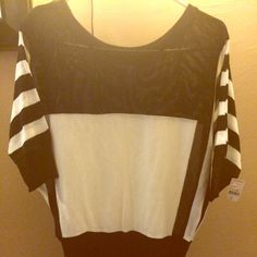 Black & White Evening Blouse 💟 Very nice (New) never been worn. Size M Please #Like  #Share #Comment Thank you 😊 Other