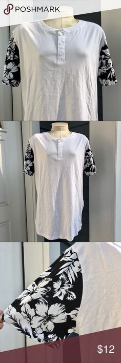 Men's Floral Sleeves T-Shirt NWT White T-Shirt with floral print sleeves and 3-button collar. Brand new with tags and comes with spare button! Slim fit Forever 21 Tops Tees - Short Sleeve