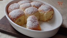 Pečené buchty so slivkovým lekvárom - Sisters Bakery Cornbread, Baking Recipes, Bakery, Ethnic Recipes, Archive, Sisters, Food, Cooking Recipes, Meal