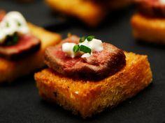 steak and horseradish crostini