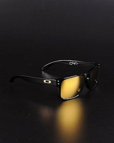 Beau lunettes du solie noir Sports Sunglasses, Ray Ban Sunglasses,  Sunglasses Outlet, Sunglasses 0fc988b01ae4