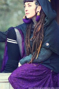 Love her earrings and dreadlocks #dreadstop :: Shop Natural Hair Accessories at DreadStop.Com
