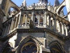 Fasada wschodnia katedry w Reims