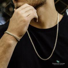 Cadena y Esclava Tejido Cubano 6mm Oro Laminado 18k 💥 . . Precio Cadena: $290.000 Precio Esclava: $140.000 . Tenemos la mejor calidad del mercado por eso nuestro Oro Laminado cuenta con GARANTIA DE POR VIDA🥇 . Hacemos envíos a toda Colombia 🇨🇴 14k Gold Necklace, Men Necklace, Chains For Men, Gold Chains, Estilo Bad Boy, Shiva Tattoo Design, Mens Gold Bracelets, Grillz, Silver Rings
