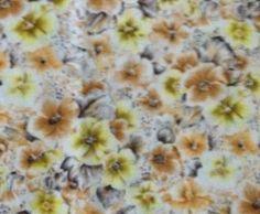 Mikä tahansa orvokkikangas, tämä tai tämän tyylinen kangas(pala), pienikin, mikä tahansa väri :)