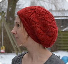 Slouchy Candle Flame Hat - free pattern on Ravelry