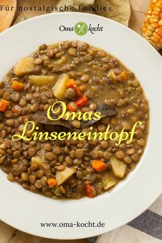 Grandma's traditional lentil soup keeps you warm and full. Always delicious. Try our recipe. Grandma's traditional lentil soup keeps you warm and full. Always delicious. Try our recipe. Meat Recipes, Paleo Recipes, Mexican Food Recipes, Crockpot Recipes, Pizza Recipes, Free Recipes, Paleo Soup, Guisado, German Recipes