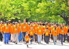 국제위러브유운동본부, 장길자 회장님과 함께하는 제17회 새생명 사랑 가족걷기대회 모습. 새생명 사랑 가족걷기대회를 통해 에콰도르 지진피해민들에게 도움을 주었다.