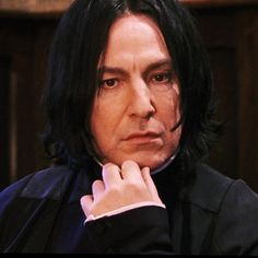 """Snape - First movie - This Is What The """"Harry Potter"""" Characters Looked Like In The First Movie Vs. Harry Potter Witch, Harry Potter Severus Snape, Severus Rogue, Harry Potter Icons, Harry Potter Tumblr, Professor Severus Snape, Harry Potter Pictures, Harry Potter Aesthetic, Harry Potter Cast"""