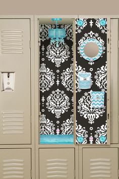 visit wwwlockerlookzcom to design your own locker click to get started - Locker Decoration Ideas