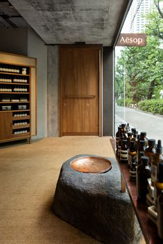 Might buy products from Aesop. Like: natural materials, rough hewn Retail Interior, Interior And Exterior, Interior Design, Retail Store Design, Retail Shop, Commercial Design, Commercial Interiors, Cafe Shop, Cafe Bar