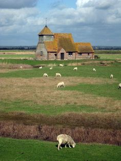 St Thomas-A-Becket Church, Fairfield, Kent, UK -  by Oast House Archive on Geograph (cc)