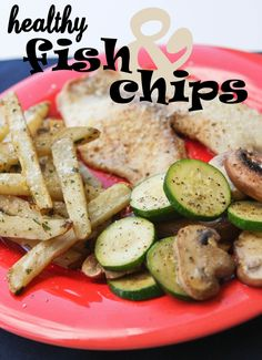 Parmesan Tilapia and Parmesan Baked Fries = healthy fish and chips Lunch Recipes, Seafood Recipes, Healthy Recipes, Healthy Foods, Baked Fries Healthy, Healthy Chips, Baked Parmesan Tilapia, Traditional Fish And Chips, Eating Light