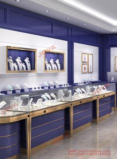 Choose best jewelry store design with jewellery display showcase suppliers and best jewelry store display manufacturers. Jova Display Furniture co. offers clients affordable modern shop furniture for jewelry watch,cosmetic,clothing and more. Jewelry Store Displays, Jewellery Shop Design, Jewellery Showroom, Jewelry Stores, Design Shop, Vitrine Design, Showroom Interior Design, Jewelry Showcases, Showcase Design