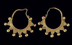 Gold Roman Earrings   Syria   Circa 1st - 2nd century AD.
