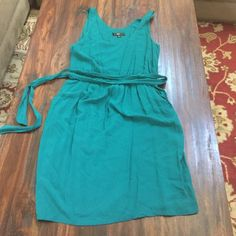 MOSSIMO RAYON TEAL DRESS M Soft and breathable cute dress. Worn once Mossimo Supply Co. Dresses Midi