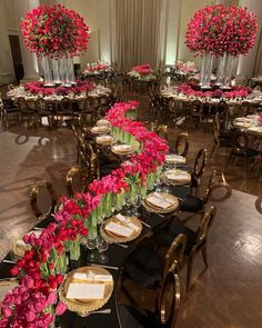 Wedding chairs - 14 Adorable Sweetheart Wedding Table Decor Ideas That Inspire – Wedding chairs Wedding Chairs, Wedding Table, Wedding Reception, Wedding Rings, Wedding Stage Decorations, Wedding Centerpieces, Table Decorations, Luxury Wedding Venues, Wedding Events