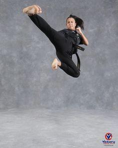Shukokai Karate, Karate Girl, Human Body Art, Beautiful Athletes, Martial Arts Women, Standing Poses, Art Poses, Action Poses, Fight Club