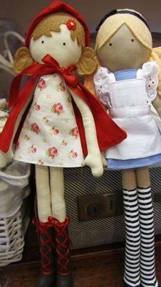 Lindas bonequinhas de pano