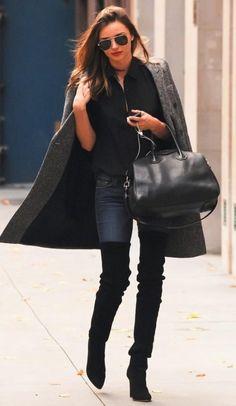 Miranda Kerr Style and Fashion - Stella McCartney double-breasted boucle coat on Celebrity Style Guide Celebrity Dresses, Celebrity Style, Celebrity Photos, Look Fashion, Womens Fashion, Fashion Trends, Daily Fashion, Fashion News, Fashion 2014