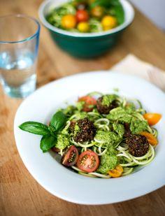 Zucchini Pesto 'Pasta' with Chia Mushroom 'Meatballs' {Vegan}  So easy, healthy & tasty!