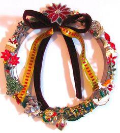christmas brooch wreath