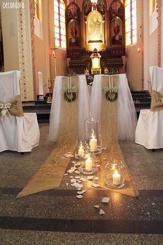 Deconatka : NOWOŚCI ŚLUBNE: dekoracje kościoła w rustykalnym klimacie Wedding Ceremony, Our Wedding, Reception, Wedding Ideas, Church Wedding Decorations, Table Decorations, Catholic Wedding, Cinderella Wedding, Romantic Weddings
