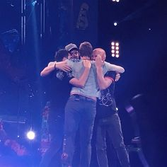 Coldplay hug at the end of the European leg of AHFOD Tour 2017, Paris.