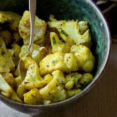 Simple Curry Roasted Cauliflower | Healthy seasonal Recipes @Katie Hrubec Hrubec Hrubec Webster