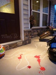 Crime Scene Halloween Porch Decorating - Whats Ur Home Story Decor Would also be great for a CSI party Halloween Veranda, Fröhliches Halloween, Adornos Halloween, Manualidades Halloween, Outdoor Halloween, Holidays Halloween, Halloween Crime Scene Ideas, Garage Halloween Party, Garage Door Halloween Decor