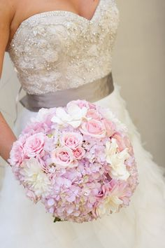 Beautiful - Light pink and lavender bouquet for the bride.