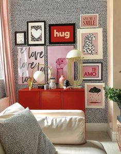red home accents Mad About The House - The sourcebook for modern living Decoration Bedroom, Wall Decor, Pink Home Decor, Bedroom Red, Red Rooms, Pink Room, Home And Deco, My New Room, House Colors