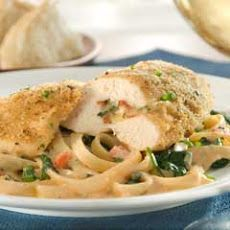 What makes a classic chicken dinner even better? Stuffing it with bacon. The Bertolli fontina and bacon stuffed chicken breasts recipe is sure to become your new go-to. Chicken Breast With Bacon, Chicken With Olives, Chicken Breasts, Florentines Recipe, Chicken Fettuccine, Breast Recipe, Tasty Dishes, Food Network Recipes, Stuffed Chicken