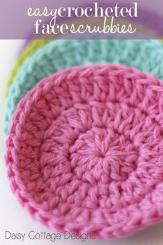 Learn how to crochet face scrubbies with this quick and easy crochet pattern. Even if you're a beginner, you'll be able to complete this project in a flash. #crochetidea #daisycottagedesigns