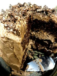 Devil's food cake with hazelnut crunch. this looks like heaven! but to ...