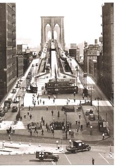 Entrance to the Brooklyn Bridge as it looked in 1945.