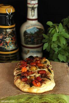SABOREANDO EN COLORES: Focaccia con tomates cherry Deli, Vegetable Pizza, Italian Recipes, Baked Potato, Waffles, Sandwiches, Food And Drink, Tasty, Bread