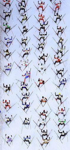 Cross-country skiers during the 2012 Engadin Skimarathon Ski Et Snowboard, Snowboarding, Vintage Ski, Vintage Travel Posters, Xc Ski, Nordic Skiing, Ski Posters, Cross Country Skiing, Aerial Photography
