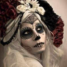 DIa de los Muertos - sugar skull - makeup for Halloween Sugar Skull Makeup, Sugar Skull Art, Sugar Skulls, Halloween Make Up, Halloween Face Makeup, Halloween Rocks, Halloween Costumes, Dead Makeup, Makeup Art