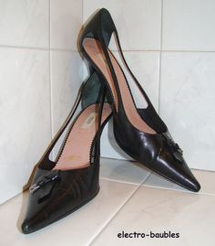 SOLD!!!  PRADA Black Leather Pointed Toe Cutout Detail  Pumps Euro 36 / 36.5 #Prada #PumpsClassics #WeartoWork