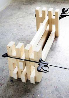 Tee itse penkki sahatavarasta | Meillä kotona Wooden Pallet Furniture, Diy Outdoor Furniture, Garden Furniture, Outdoor Decor, Diy Wooden Projects, Wooden Diy, Beginner Woodworking Projects, Diy Bench, Modern Landscaping