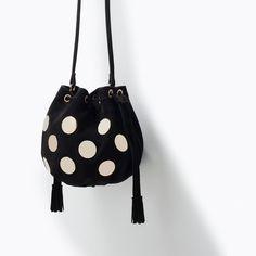 ZARA METAL DETAIL LEATHER MINI BUCKET BAG / http://www.zara.com/us/en/new-this-week/woman/metal-detail-leather-mini-bucket-bag-c363008p2502094.html