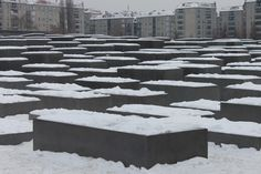 Berlin: holocaust monument covered in snow