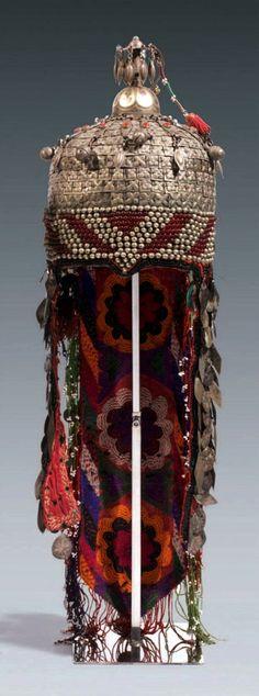 Turkmenistan | Ersari ceremonial headdress | ca. 1st half of the 20th century | Est. 2'500 - 3'000€ ~ (June '12)