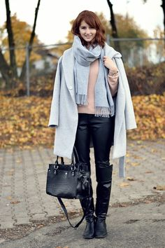 Winter Essentials: How to combine a grey coat / www.modewahnsinn.de