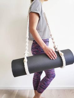 Sport Mat, Macrame Bag, Macrame Design, Yoga Accessories, Macrame Patterns, Wooden Rings, Wooden Beads, Chanel Boy Bag, Bohemian Style